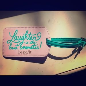 """""""Laughter is the best cosmetic"""" luggage tag"""